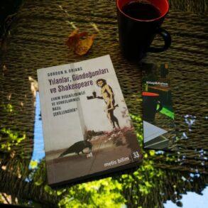 İnsanlığın Duygusal Evrimi: Yılanlar, Gündoğumları ve Shakespeare