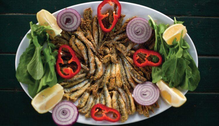 Akın balık hamsi tabağı