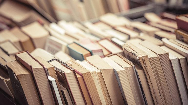 Kapaklanan Edebiyat