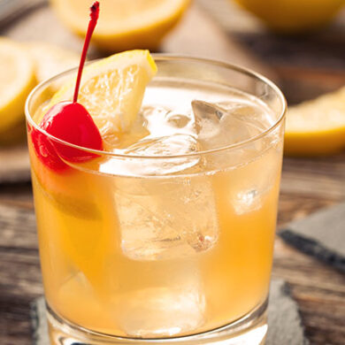 Whisky Sour Kokteyl Tarigi