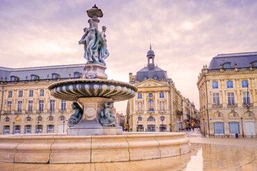 Fransa'nın Şatolara Çevrili Tarihi Şehri: Bordeaux